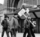 Trainmen picket the Baker Street Station on Dec. 10, 1970 during a strike. (Photo courtesy of The Allen County Public Library)